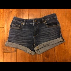 Cute Well Fitting shorts from New York and Company